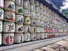 Every year, barrels of sake wrapped in straw are presented to the Meiji Shrine in honor of the Emperor Meiji and Empress Shoken who are enshrined here.